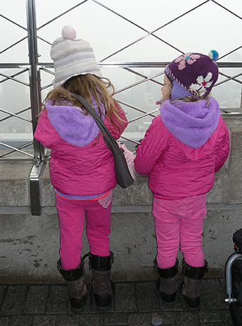 Empire State Building girls