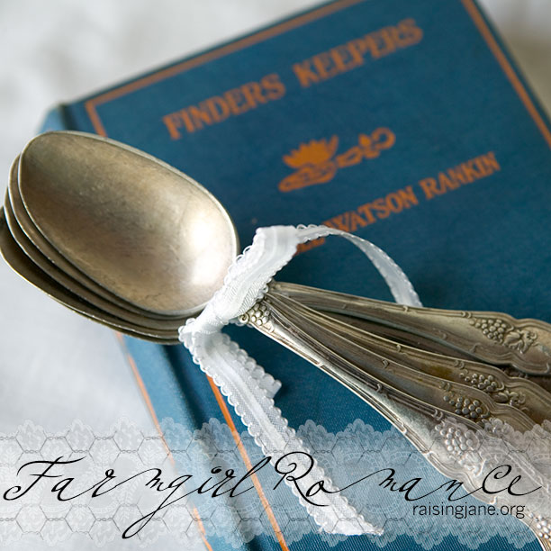 farm_romance-spoons