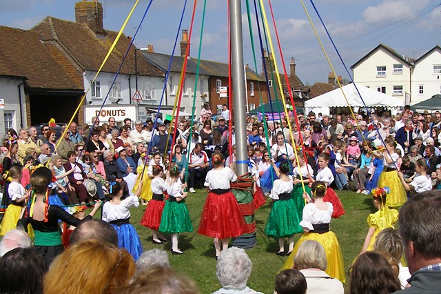 Maypole_dancing_at_the_Downton_Cuckoo_Fair_-_geograph.org.uk_-_160418