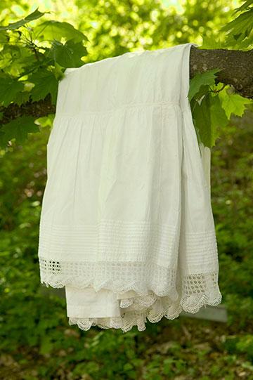 linens-clotheslinef