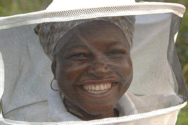 African_Honey_Bee_Beekeeper