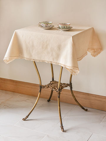 tablecloth-giveaway_7228