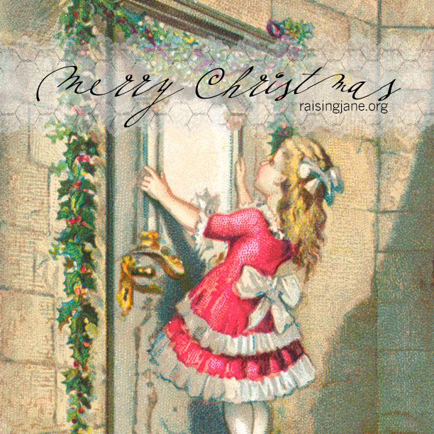 christmas_girl_holly_door