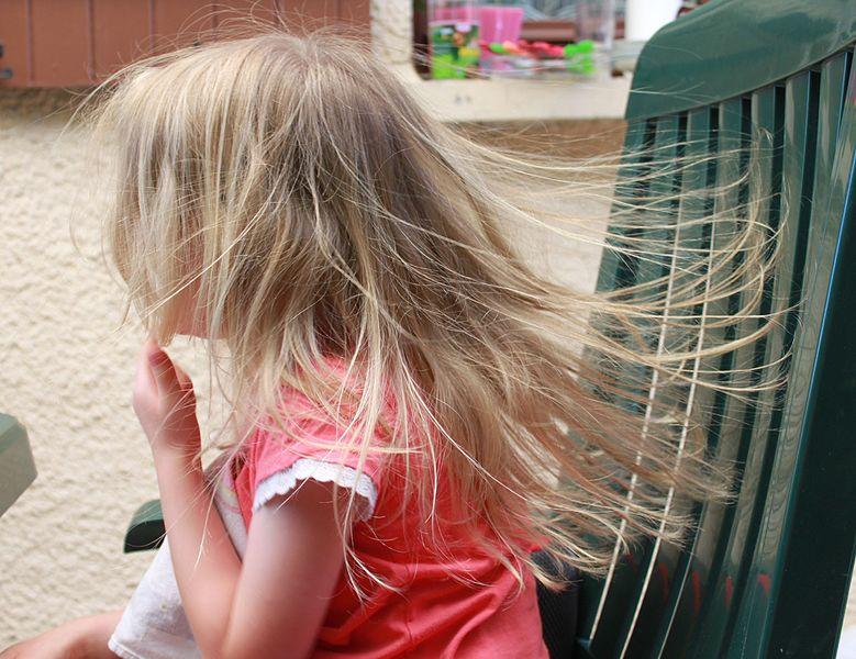 electricite_statique_cheveux