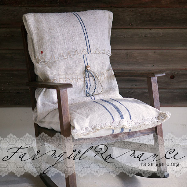 fg-romance_chair_100323-002-MJ11